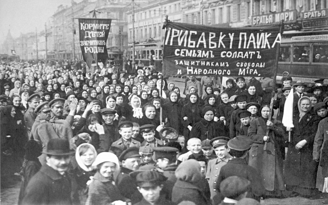 """Il reportage della Rivoluzione d'Ottobre: """"I dieci giorni che sconvolsero il mondo"""" di John Reed"""