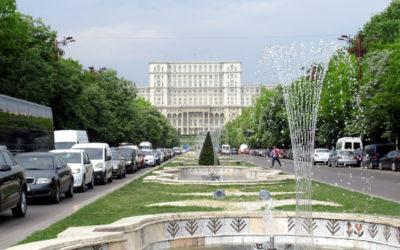 Bucarest comunista: Nicolae Ceausescu tra sfarzo e memoria