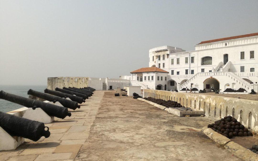 Ghana, Costa d'Oro. Porta su un continente